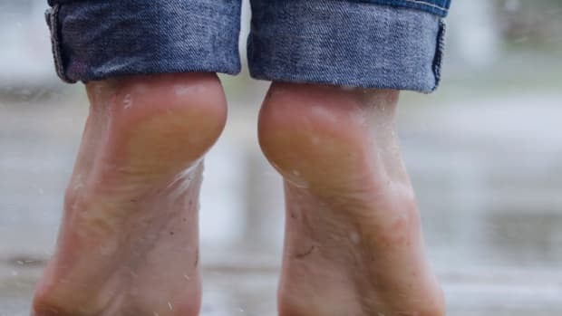 how-to-prevent-and-cure-smelly-feet