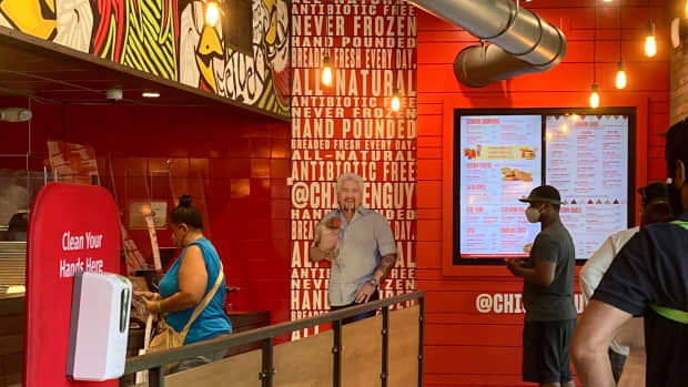 review-of-chicken-guy-at-disney-springs