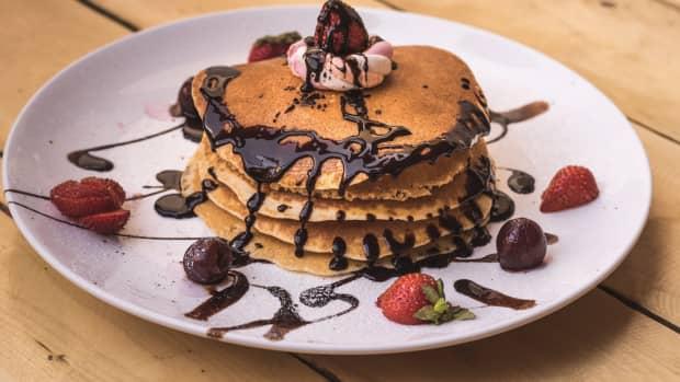 easy-chocolate-pancakes