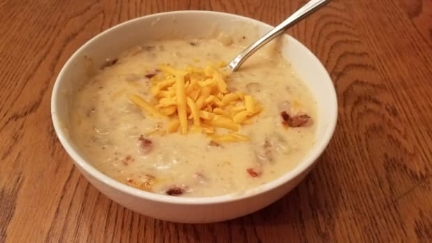 creamy-clean-eating-baked-potato-soup