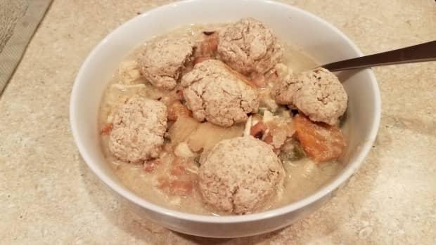 crockpot-chicken-pot-pie-soup