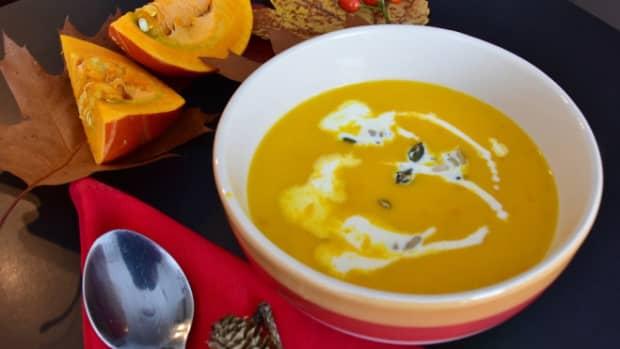 easy-to-make-pumpkin-soup-recipe