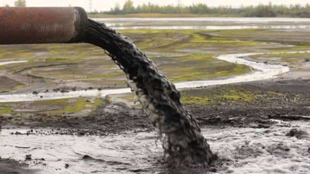 industrial-water-pollution