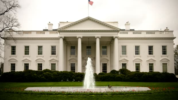the-white-house-inside-the-worlds-most-famous-mega-mansion