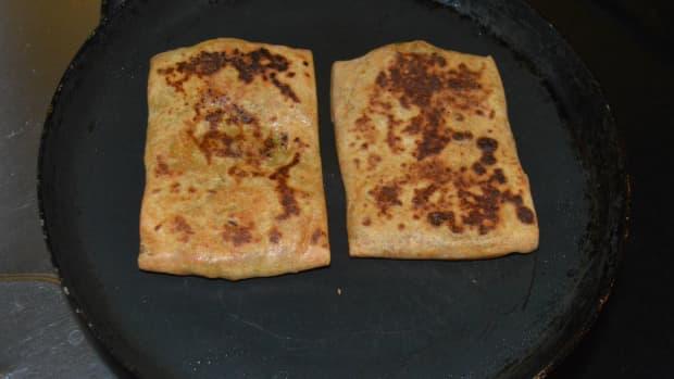 how-to-make-mughlai-paratha