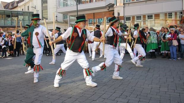 the-essential-guide-to-morris-dancing