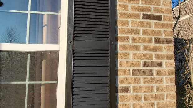 tips-for-painting-wooden-shutters