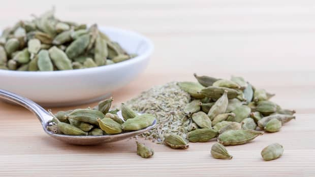 some-healthy-herbs-which-prevent-from-body-diseases-and-reduce-weight