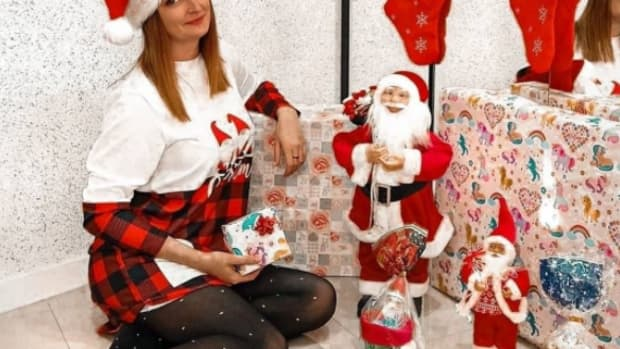 as-a-woman-living-alonei-have-prepared-a-lot-for-christmas