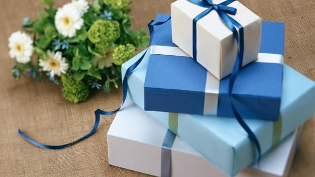 what-gift-to-give-to-someone-who-has-it-all