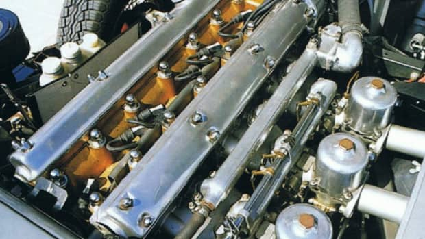 jaguar-e-type-engine-removal