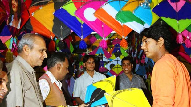 indian-festival-makar-sankranti-festival-the-kite-festival-2016
