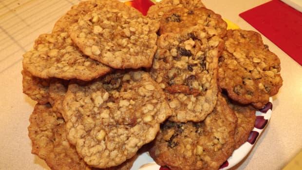 peanut-butter-and-apple-raisin-oatmeal-cookies