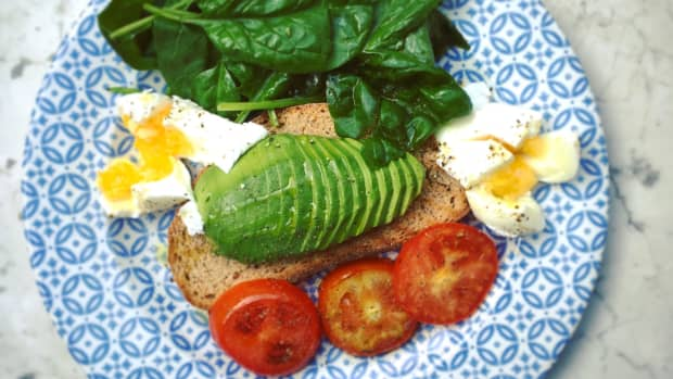 avocado-and-egg-on-toast-a-most-delicious-breakfast