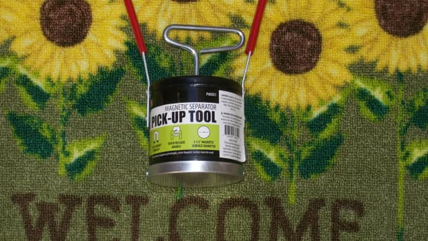 important-inexpensive-basic-tools-for-gold-prospecting