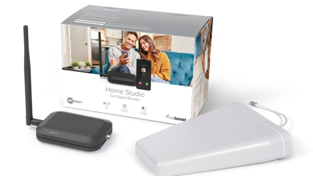 wweboost-home-studio-ups-your-rooms-cellular-signal