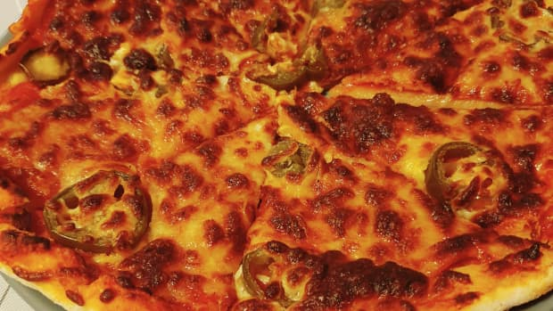 perfect-gluten-free-pizzas-using-a-pizza-stone