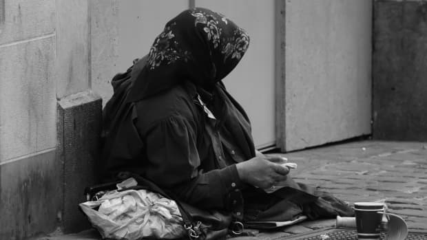why-there-are-so-many-beggars-in-the-street