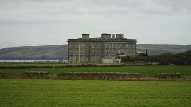 the-legend-of-loftus-hall-irelands-most-haunted-mansion