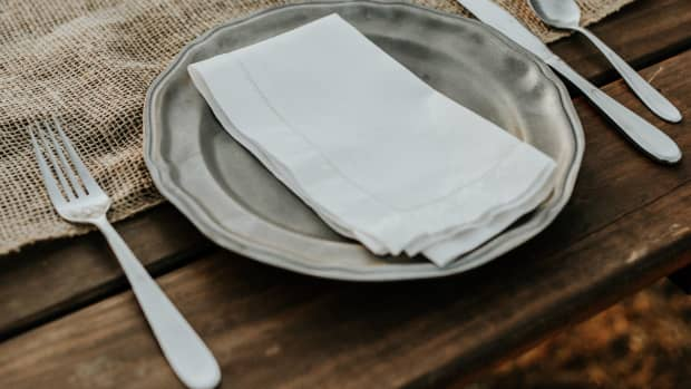 culinary-habits-in-foreign-countries-food-travel-etiquette