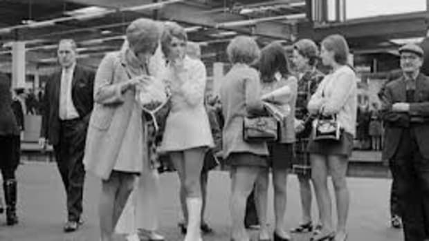 the-mini-skirt-a-british-style-icon