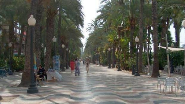 The Esplanade, Alicante