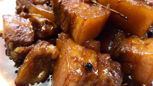 adobong-manok-filipino-chicken-adobo
