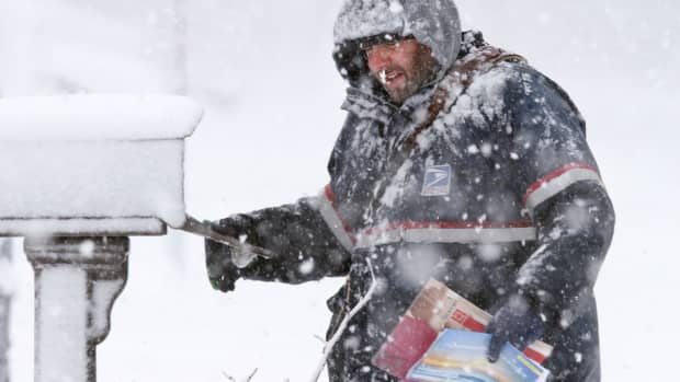 five-snow-shockers-for-former-fair-weather-mailmen