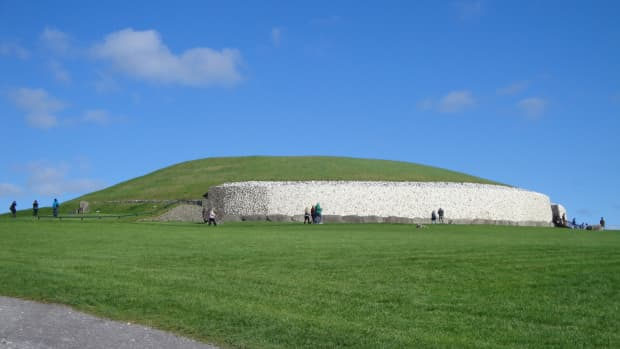 newgrange-ireland