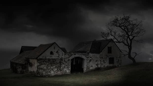 mysterious-entities-hiders-in-the-attic