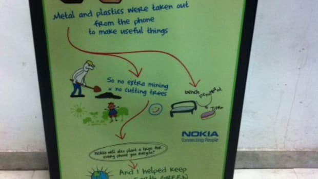 recycle-your-old-mobile-phone-and-help-in-saving-the-planet