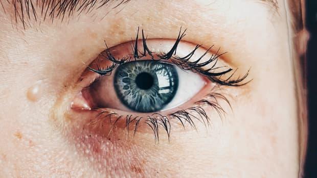 her-hopeful-eyes