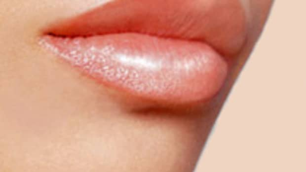 how-to-make-your-lips-look-bigger-plumper-without-surgery