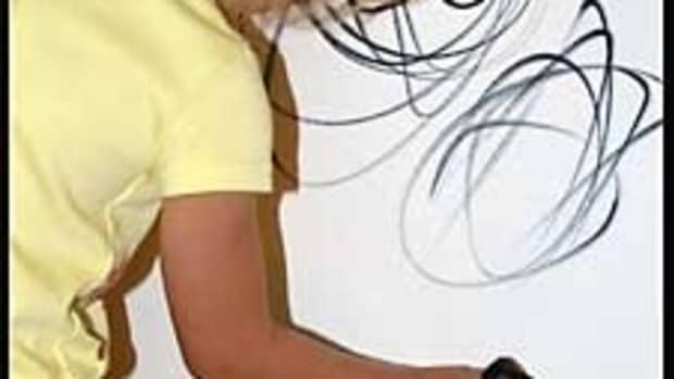 remove-crayon-marks