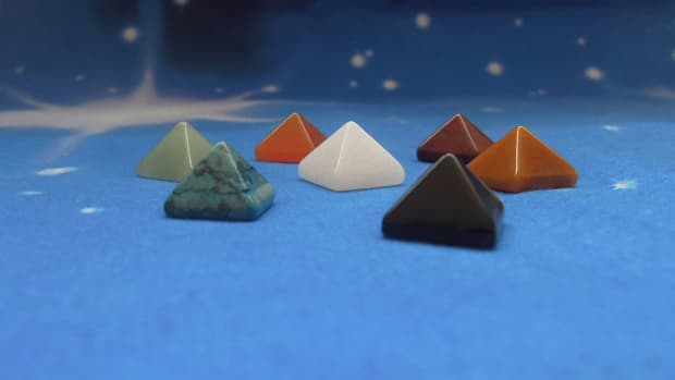 seven-practical-ways-to-use-crystals-in-everyday-life