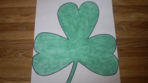 It is easy to make simple shamrocks for Saint Patrick's Day.