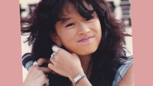 top-10-j-pop-female-idols-of-the-70s-and-80s