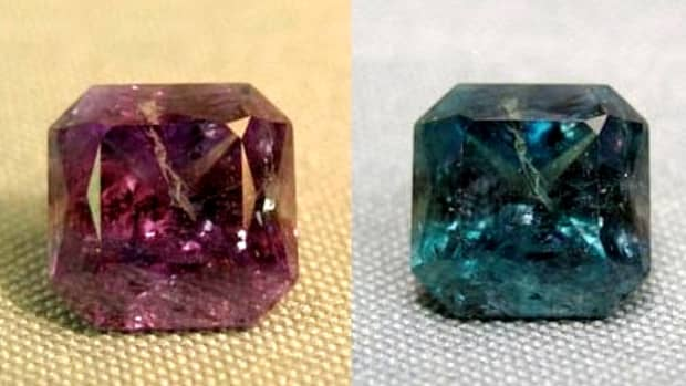alexandrites-beautiful-gemstones-that-change-color