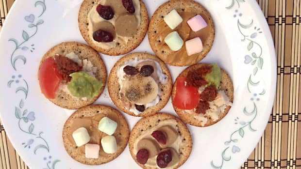 twenty-tasty-and-easy-toppings-for-crackers