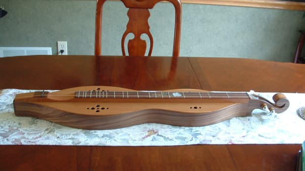 the-easiest-stringed-instrument-to-learn-the-mountain-dulcimer