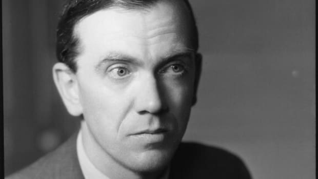 7-interesting-post-war-and-postmodern-novels-plays-and-short-stories-you-should-read-before-you-die