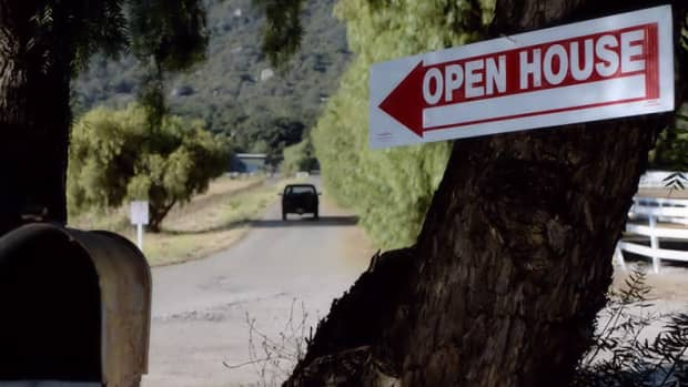 the-open-house-a-movie-review