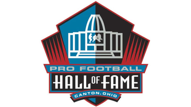 top-10-offensive-linemen-not-in-the-pro-football-hall-of-fame