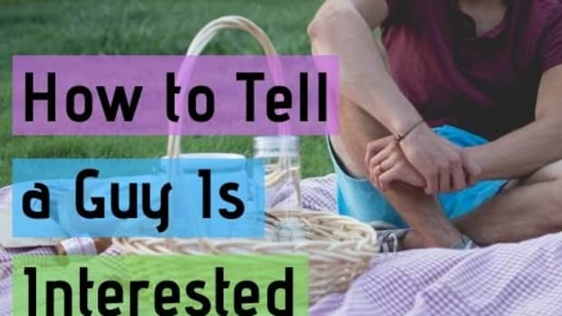 how-to-tell-if-a-guy-likes-you-10-things-that-let-you-know