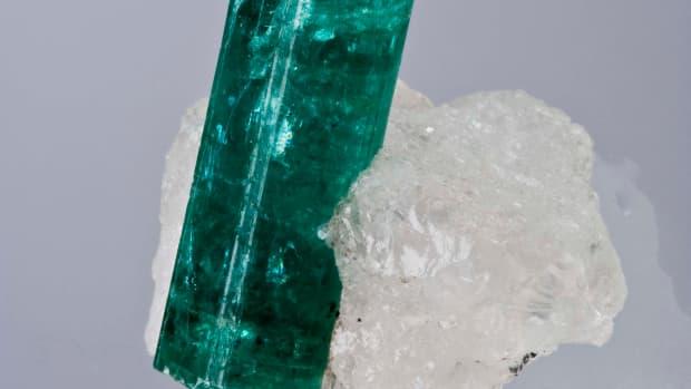 benefits-of-emerald-gemstone
