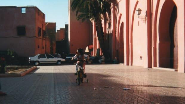 mint-tea-in-marrakech