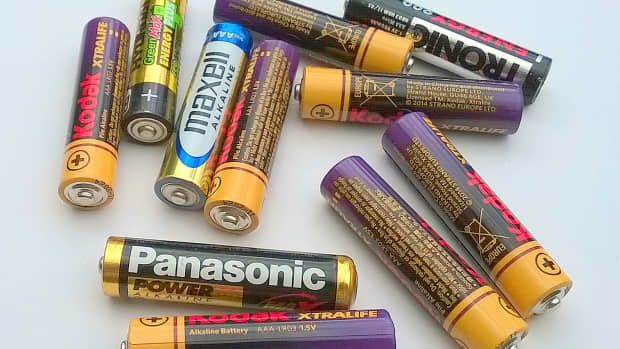 know-what-type-of-battery-to-use-in-equipment