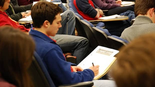 Honors students work through the issues at one university symposium