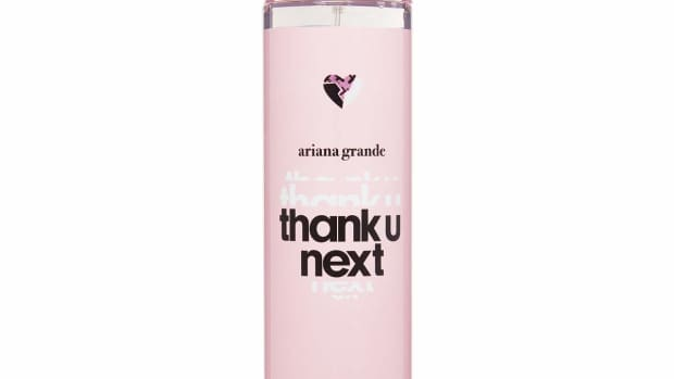 a-review-of-ariana-grandes-thank-u-next-body-mist-fragrance