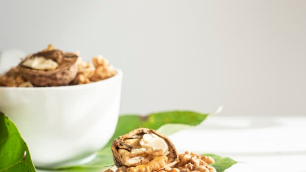 how-to-eat-walnuts